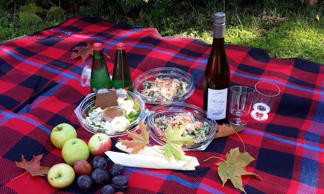 Grand Rose piknikukomplekt